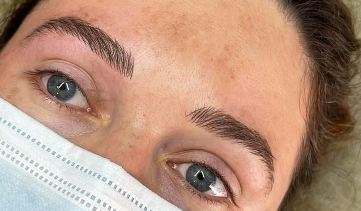 eyebrow-tattoo-women